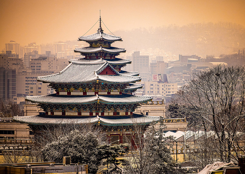 Best instagram and photography locations to shoot pictures in Seoul, South Korea by international travel photographer Shea Winter Roggio