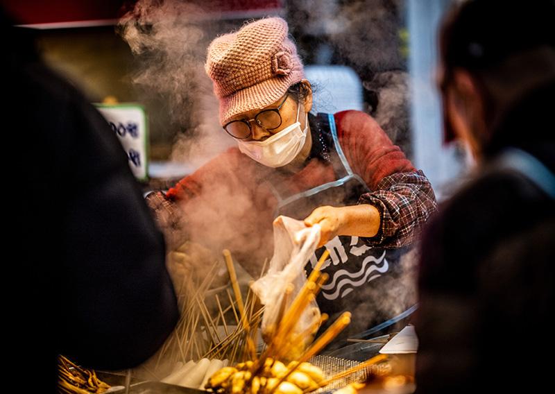 eatured-Haeundae-Traditional-Market-Busan-Shea-Winter-Photo