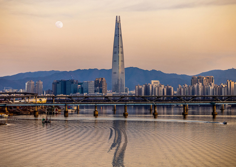 Lotte World Tower Seoul Korea By Shea Winter