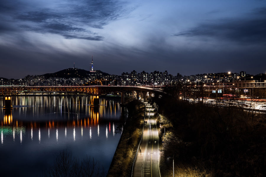 Calm Nights In Seoul